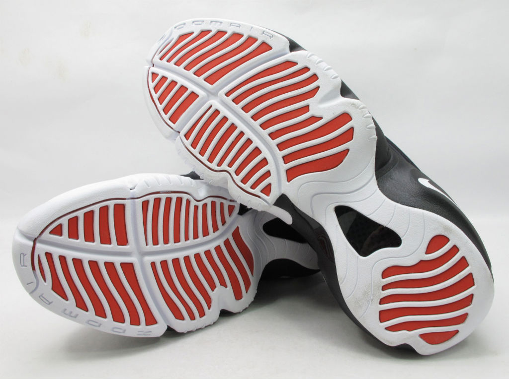 Nike Air Zoom Flight The Glove Black White University Red Release Date 616772-001 (2)