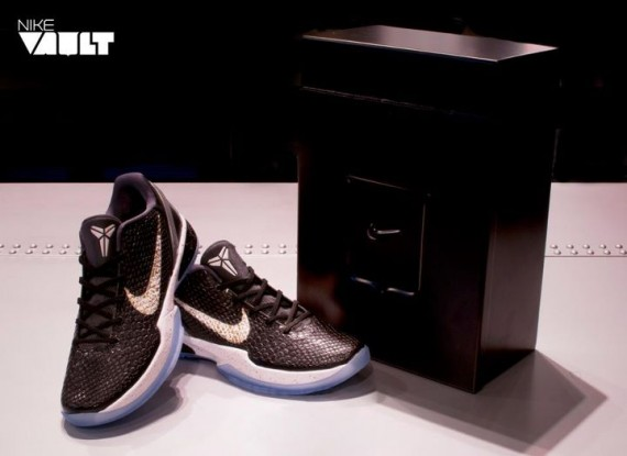 official photos bf017 2f81c ... purchase nike basketball celebrates the 1 year anniversary of the nike  vault with a very special