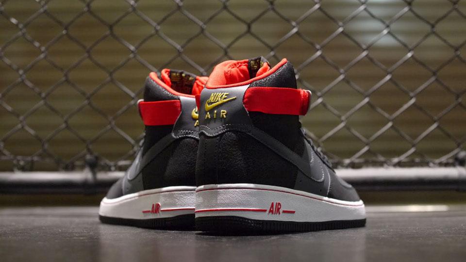 Nike Air Force 1 Salut Noir / Gris Foncé Rouge-feu vente 2014 unisexe Manchester pas cher WpOxWT8