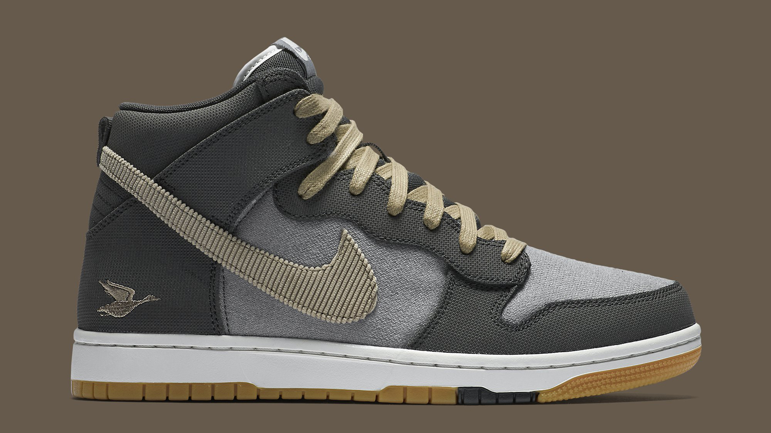 90d8b7fe6440fb You Can Go Duck Hunting in These Nike Dunks
