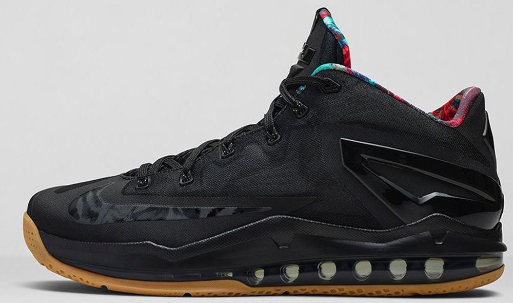 Nike LeBron 11 Low Black/Black-Hyper Crimson-Hyper Cobalt
