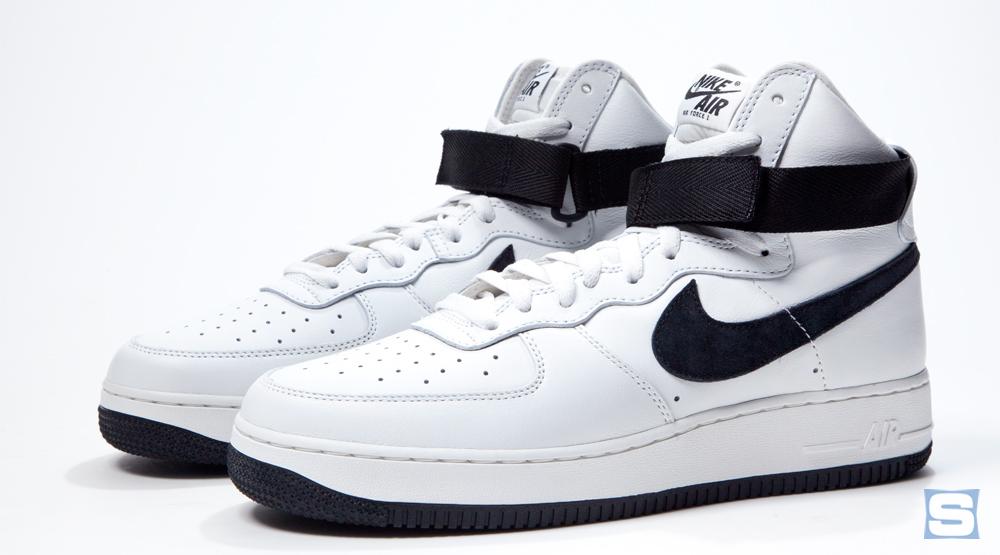 8429542d701bd Nike Air Force 1 High Retro QS