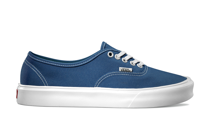 Vans LXVI Authentic Lite Navy