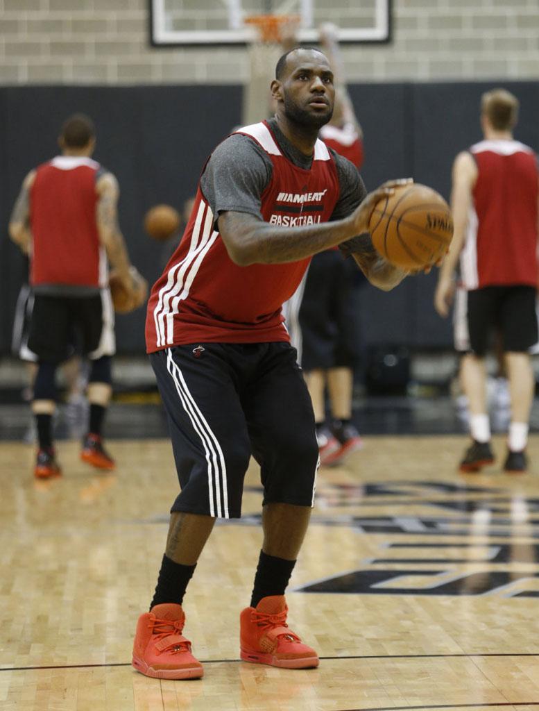 online store 6746b b581d LeBron James wearing Nike Air Yeezy II 2 Red October (6)