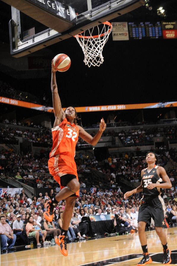 Rebekkah Brunson wearing the Nike Zoom Hyperfuse 2011