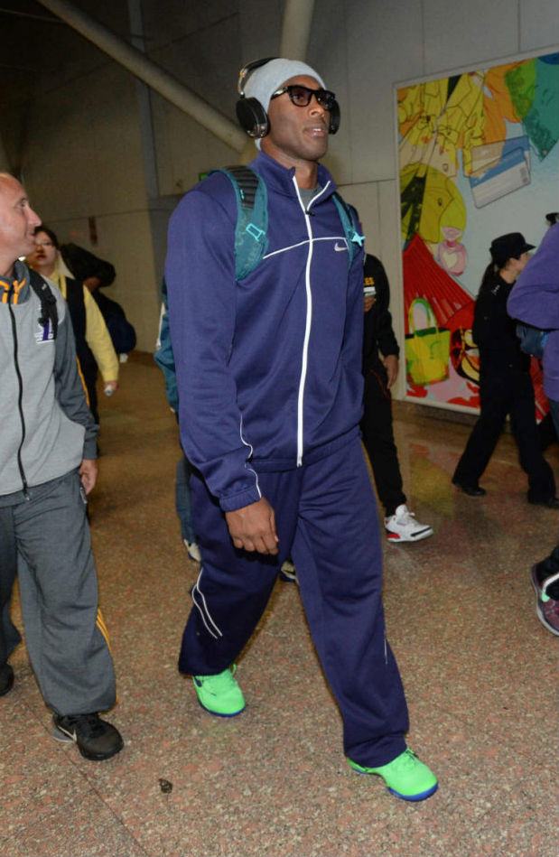 Kobe Bryant wearing Nike Kobe 8 Elite Superhero