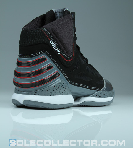online store 3dd16 6d00e Derrick Rose s adiZero Rose 2.5 is the only signature shoe of this year  that I thought accomplished that. While other new models on the market took  on ...
