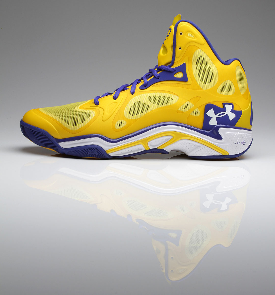Stephen Curry Under Armour Anatomix Spawn Away PE // Close-Up (1)