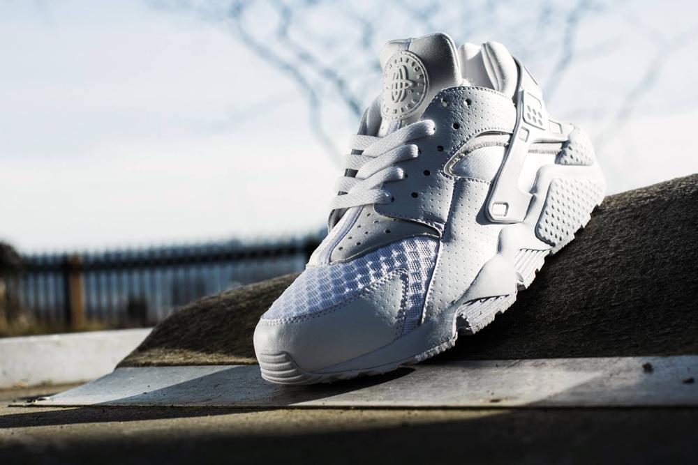 Nike Air Huarache White Out