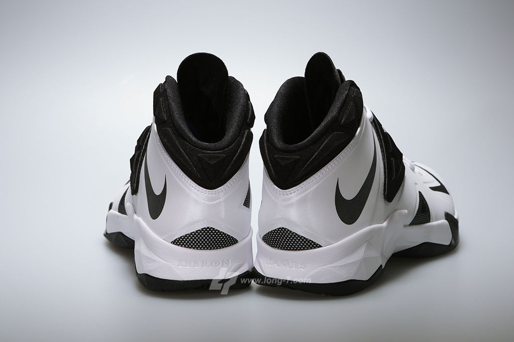 Nike Zoom Soldier VII 7 White/Black-Metallic Silver (4)
