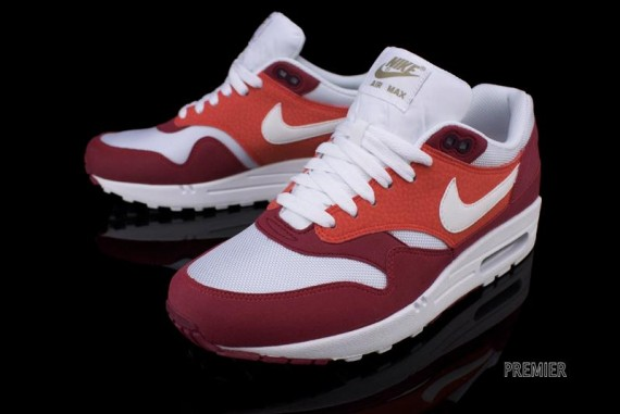 Air Max One Red And White