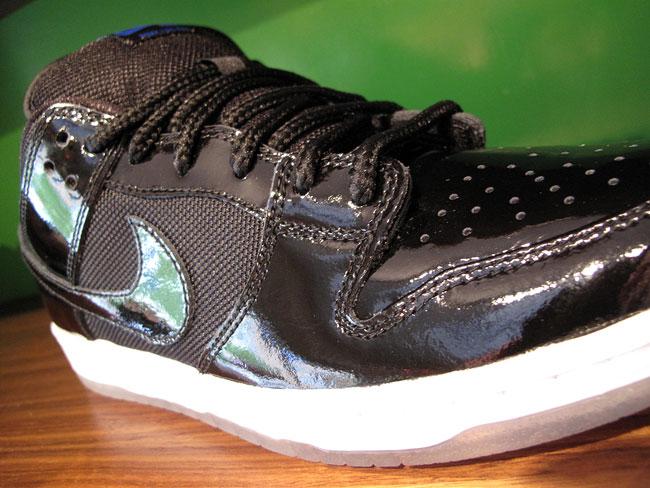 Nike SB Dunk Low Premium -  Space Jam  - New Images  5b988ef3fa2d