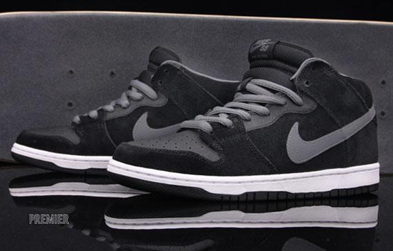 Nike SB Dunk Mid Pro - Black/Light