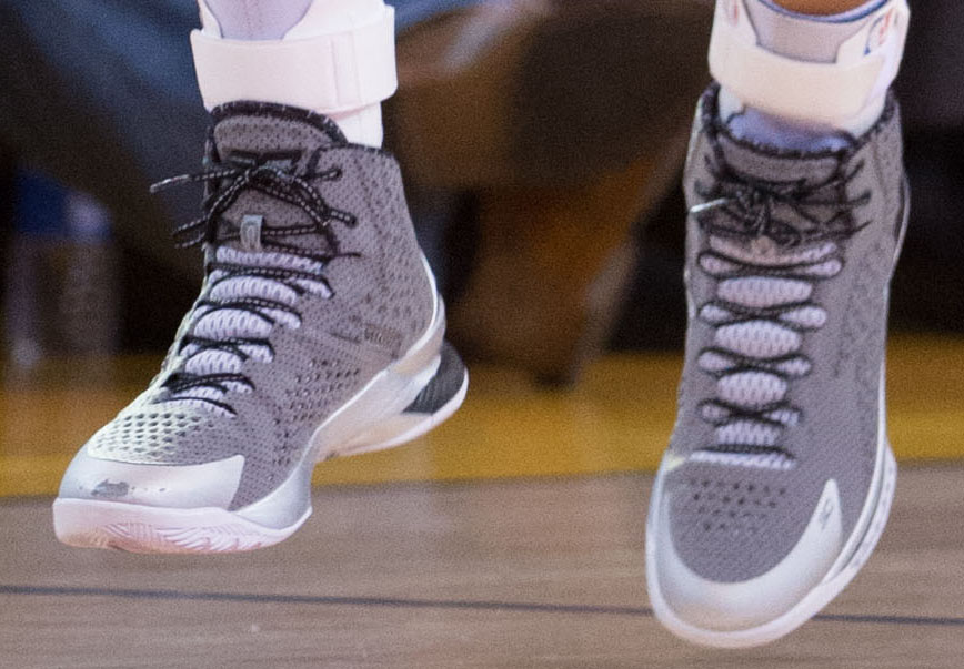 SoleWatch  Stephen Curry Scores 51 Points in the  BHM  Under Armour ... 57841db1d712