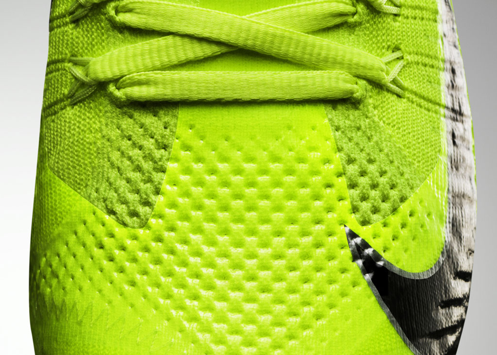 Nike Vapor Ultimate Flyknit Cleat Volt (3)