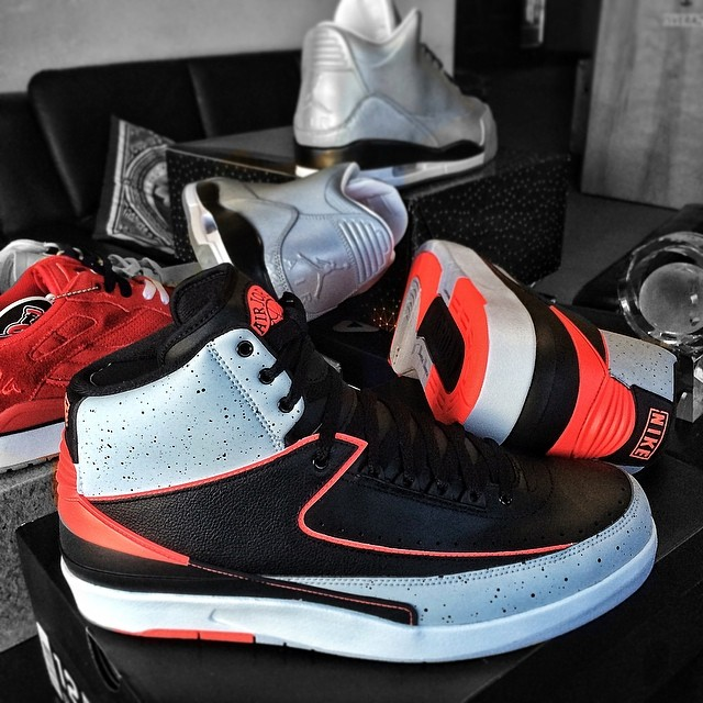 DJ Skee Picks Up Air Jordan II 2 Infrared 23, Air Jordan 5Lab3