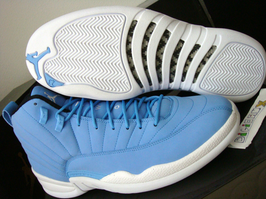 f816d49be522 Following last week s look at the non-lasered sample of the Pantone 284 Air  Jordan Retro 11