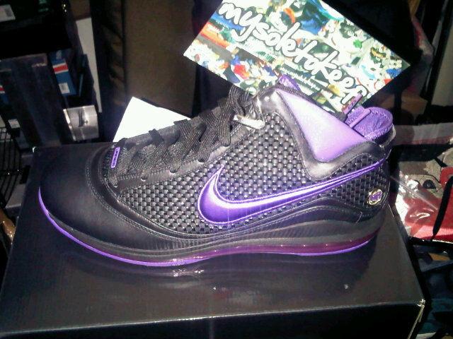 buy popular c10d6 e5061 Nike Air Max LeBron VII NFW Diana Taurasi Away Player Exclusive