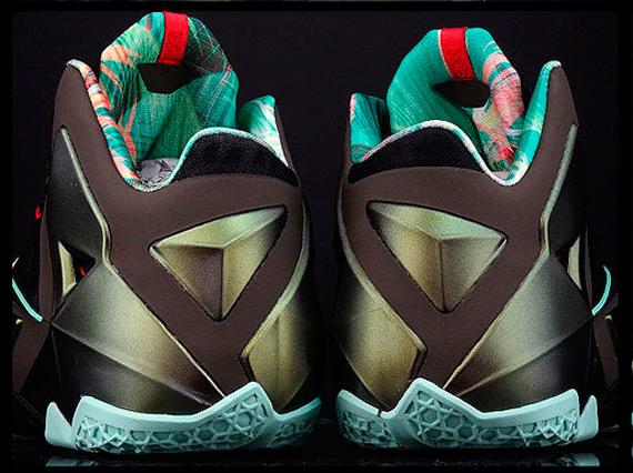 Nike LeBron XI - King's Pride - New Images