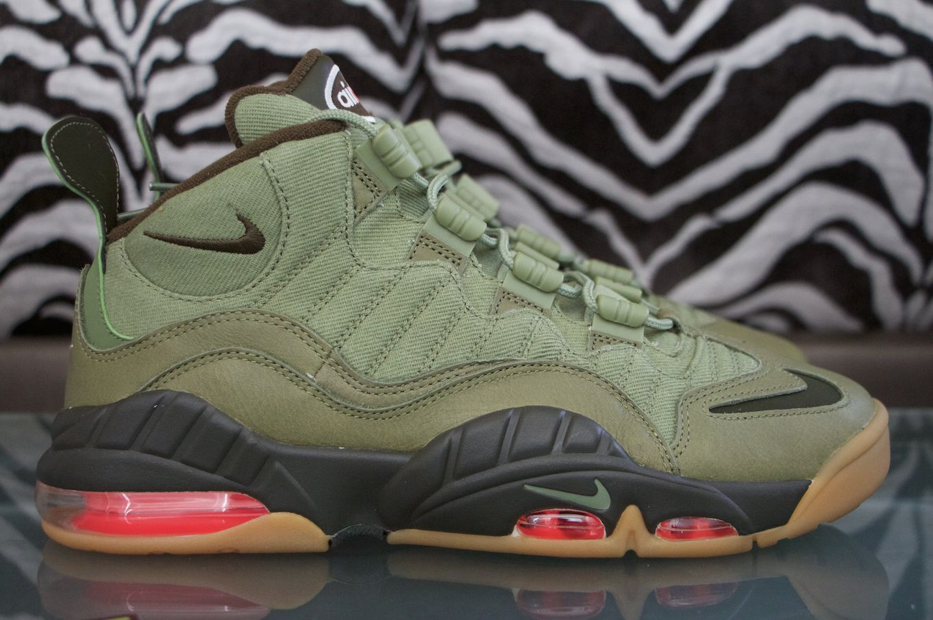 nike air max uptempo low weber