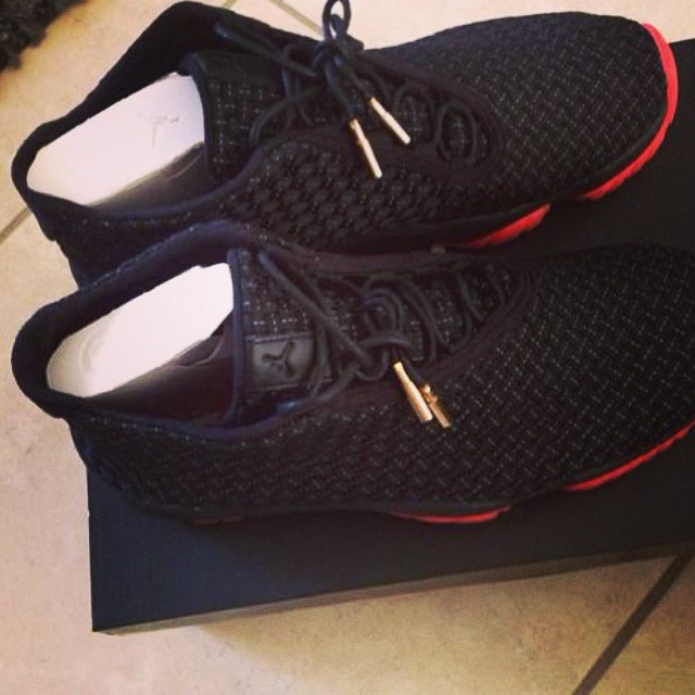 Chad Johnson Picks Up Jordan Future Black/Red