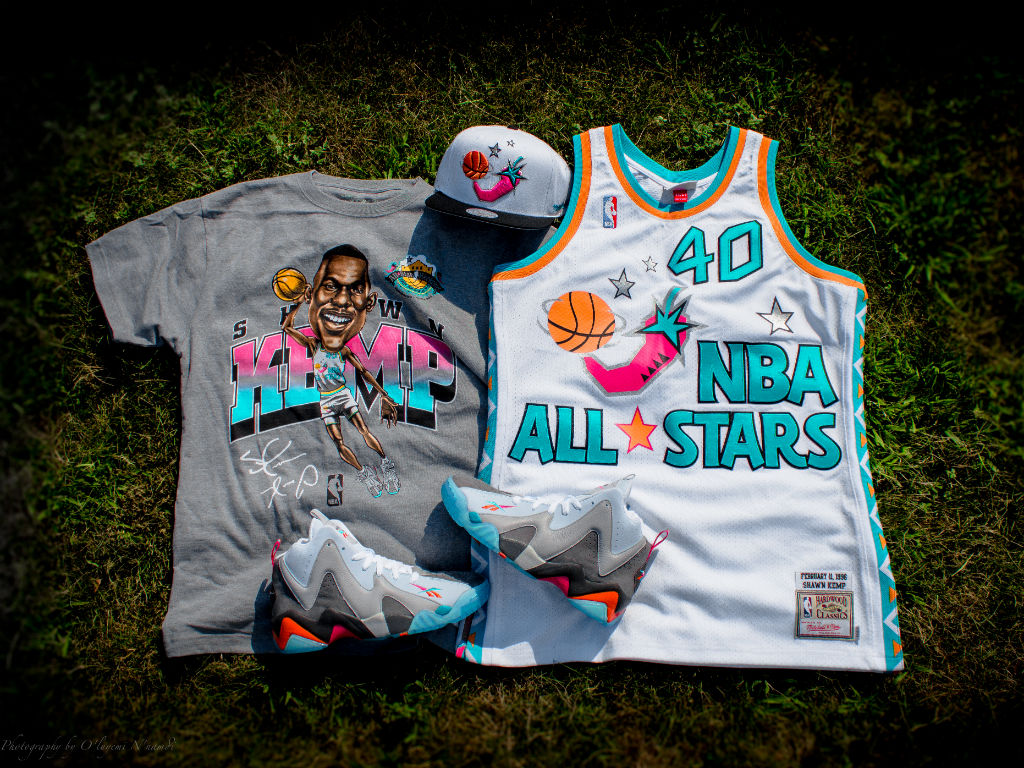 "Packer Shoes x Reebok Kamikaze II x Mitchell & Ness ""Remember The Alamo"" Capsule Collection (23)"