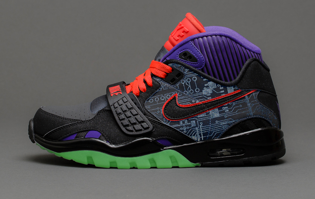 Nike Air Trainer SC II Megatron reflective circuitry and glow outrigger
