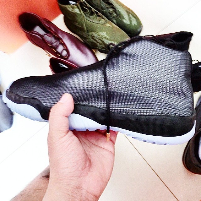 Air Jordan Future Black (2)