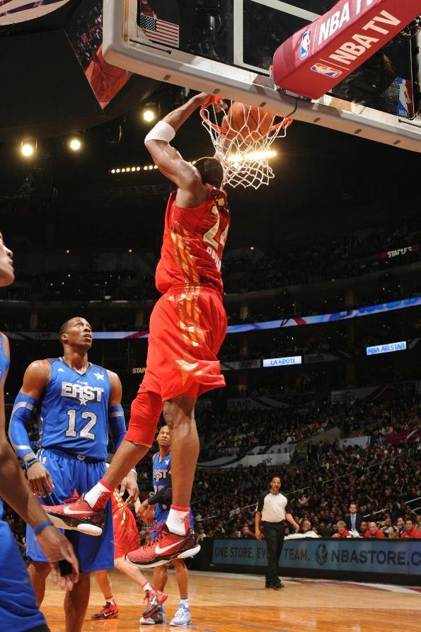 b8df1d7ad1a4 Kobe Bryant wearing the Nike Zoom Kobe VI
