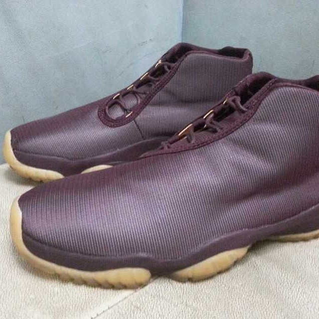 Air Jordan Future 3M Reflective Burgundy (2)