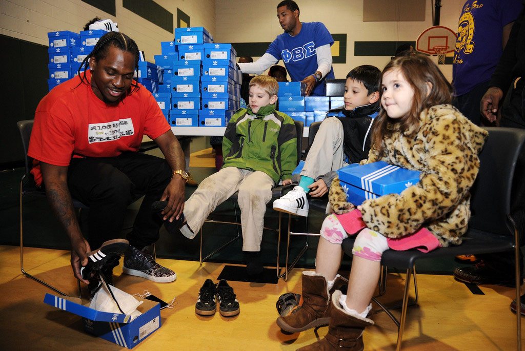 adidas Sponsors Pusha T 1000 Shoes for a 1000 Smiles Event (7)