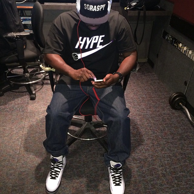 DJ Funk Flex wearing Air Jordan II 2 Dark Concord