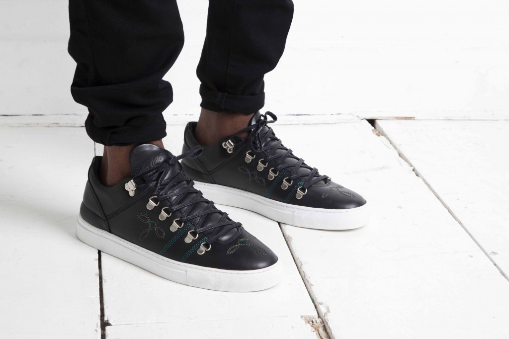 Filling Pieces Spring Summer 2014 Mountain Cut black stitch