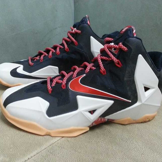 Nike LeBron 11 Low Independence Day USA