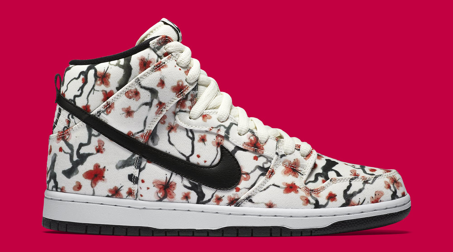 cherry blossoms bloom on nike sb dunks sole collector. Black Bedroom Furniture Sets. Home Design Ideas