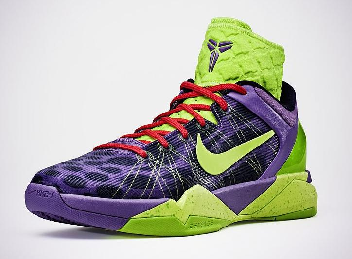 super popular 3e4c3 c4d7a Nike Kobe VII Supreme - Christmas Day