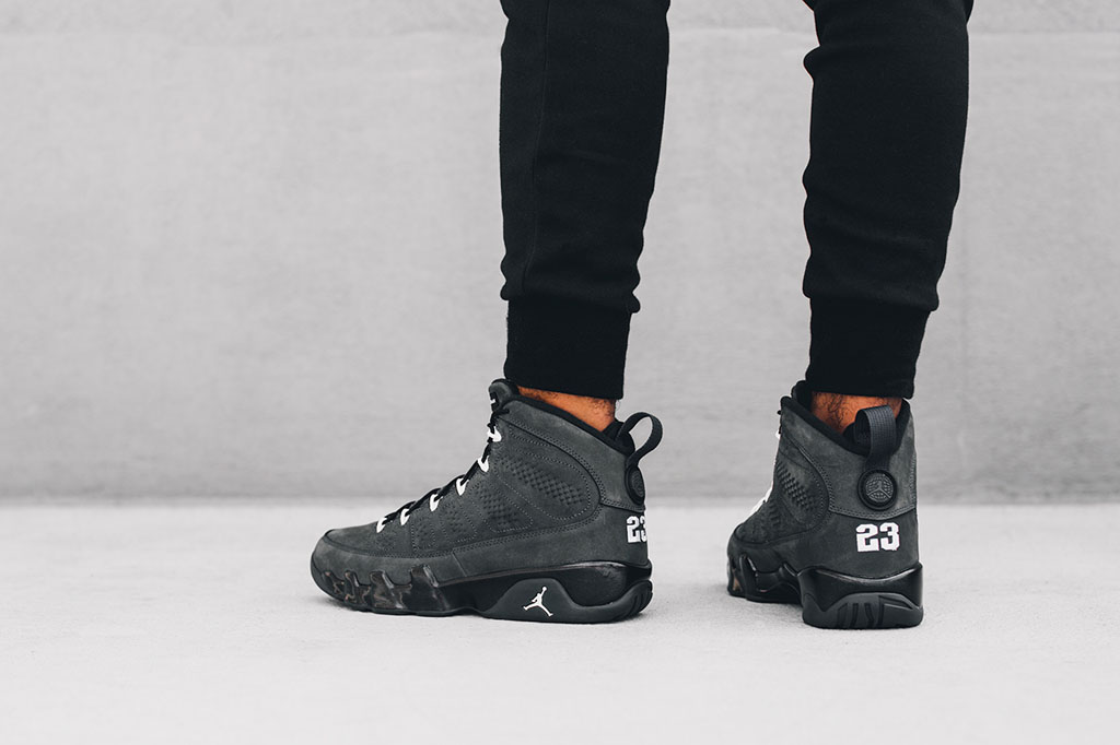 air jordan retro 9 all black