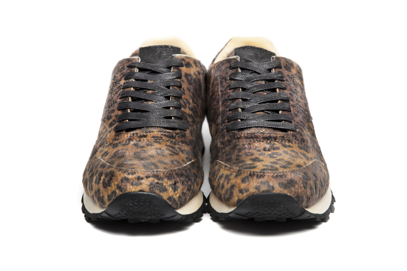Head Porter Plus x Reebok Classic Leather leopard front