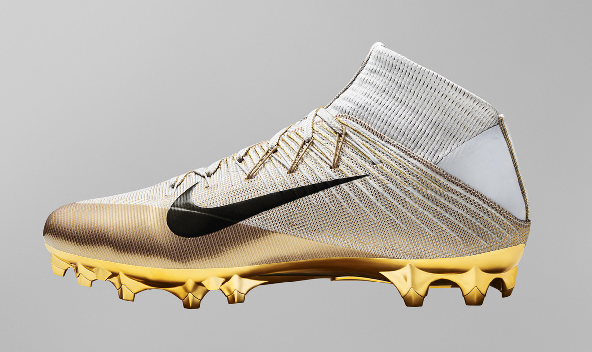 College Football Bowl Games Dates >> This Is Nike's Lightest Football Cleat Ever | Sole Collector