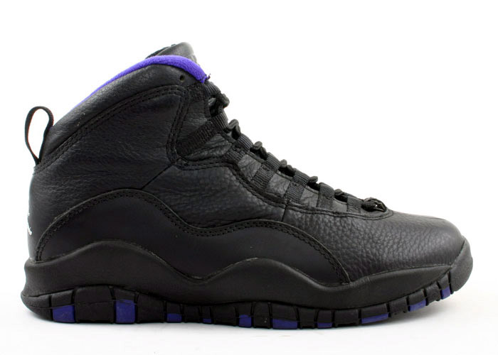 A Kings player never wore the black-based colorway with purple accents that  released at retail. However bf4aa7b43