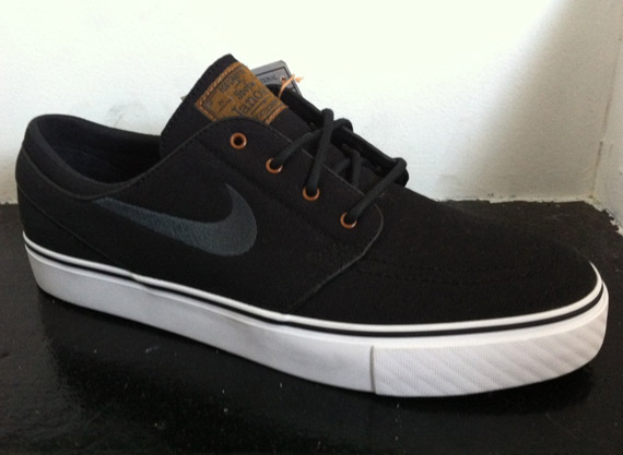 Canvas takes center-stage on this future release of the popular Nike SB  Zoom Stefan Janoski. 92d3ebe93