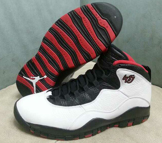 wholesale dealer 49eb4 1d6bc New Photos of the Remastered 'Double Nickel' Air Jordan 10 ...