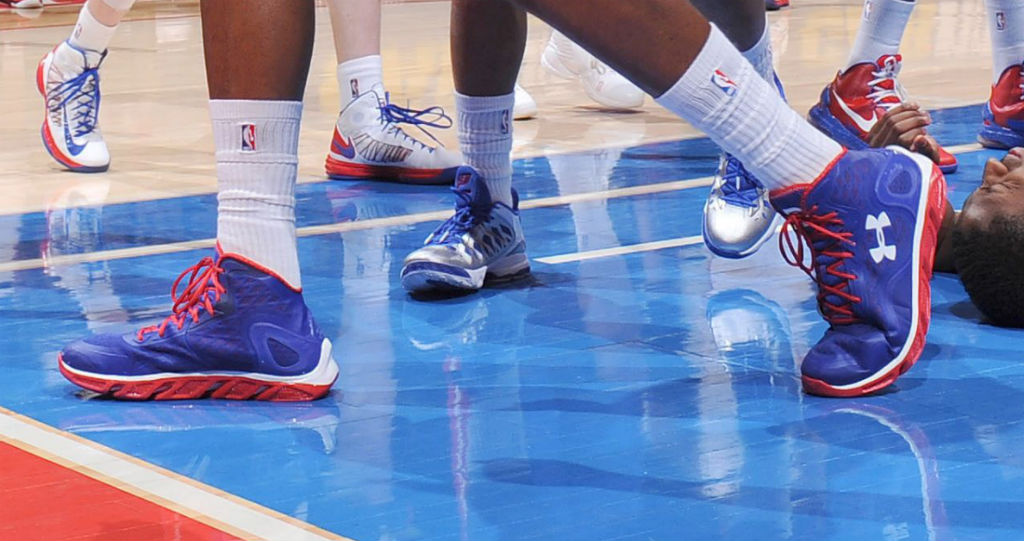 DeAndre Jordan wearing Under Armour Spine Bionic Blue Red (5)