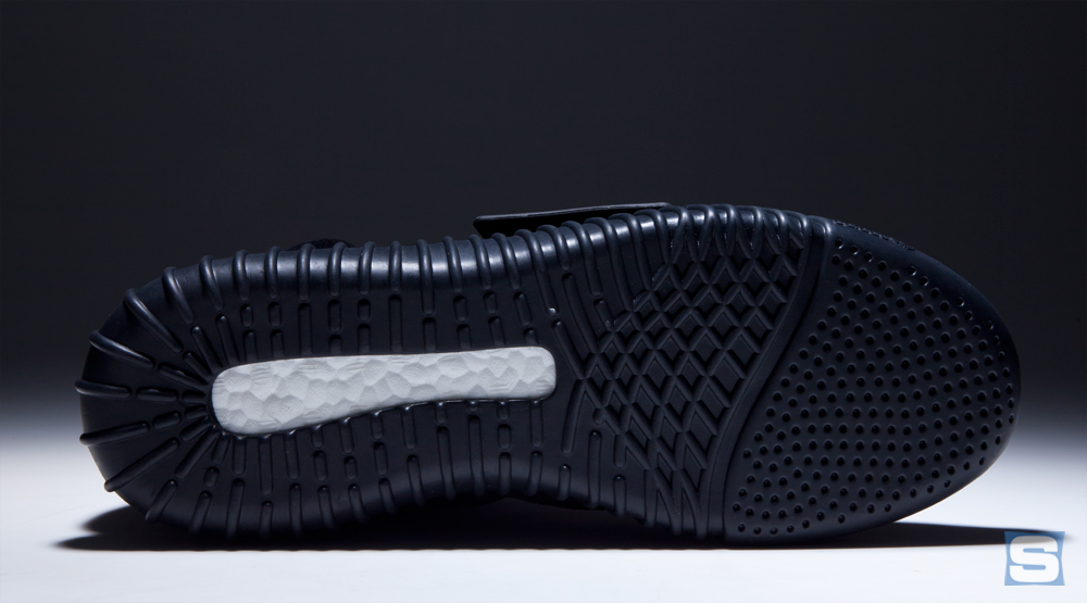 0965128e561c6 An In-Depth Look at the  Blackout  Adidas Yeezy 750 Boost
