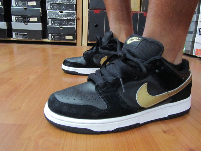online store 979bd 055a6 ... shopping youngsk8 in the takashi nike dunk low pro sb. b845f 5057a