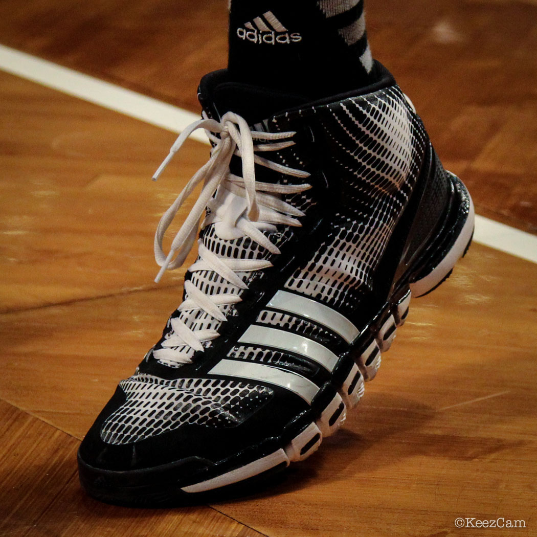 SoleWatch // Up Close At Barclays for Nets vs Knicks - Brook Lopez wearing adidas Crazyquick
