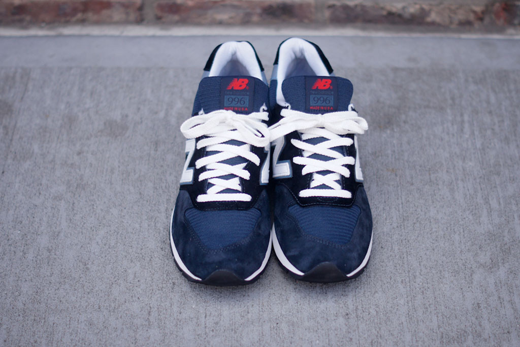 new balance 996 navy blue