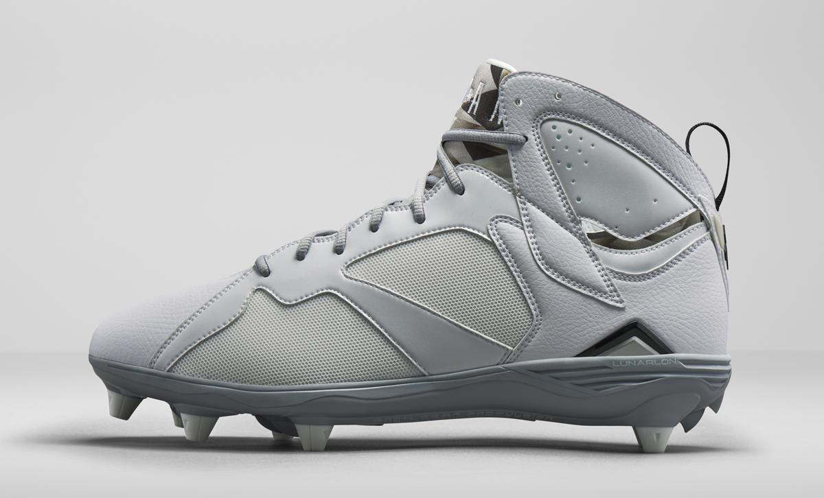 michael jordan retro white football shoes