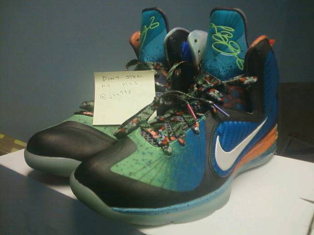 9f094b25637f27 Spotlight    Pickups of the Week 4.14.13 - Nike LeBron 9 What the