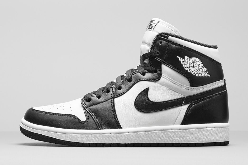 9044fd4fca06 An Official Look at the  Black White  Air Jordan 1 Retro High OG ...
